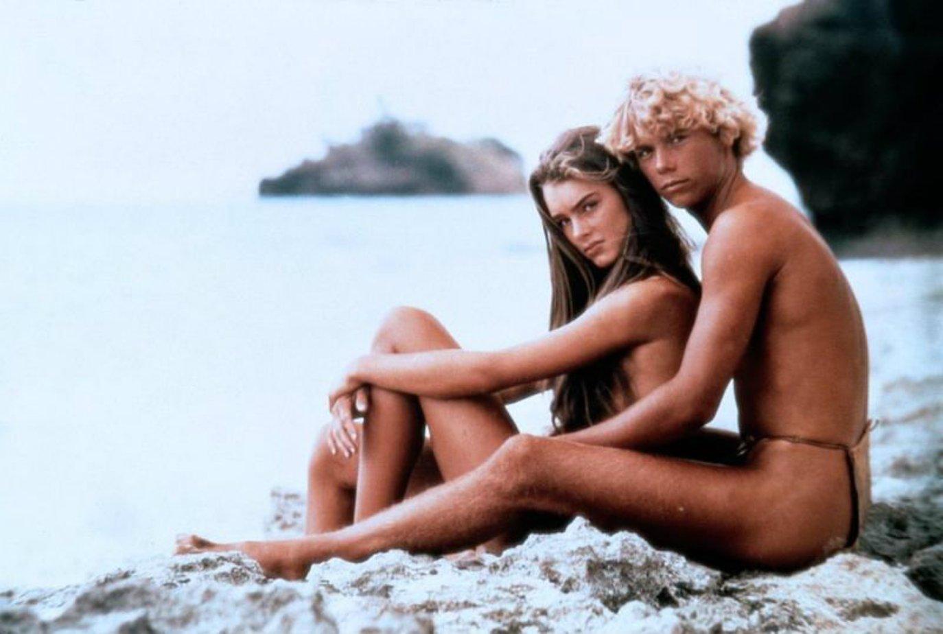 eroticheskiy-film-golubaya-laguna