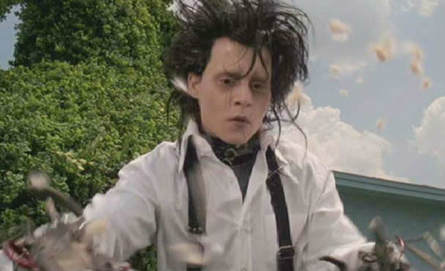 edward scissorhands isolation essay Low key is another that he uses it is used to flood the scene with darkness and shadows to show isolation  for example in edward scissorhands when anti essays.