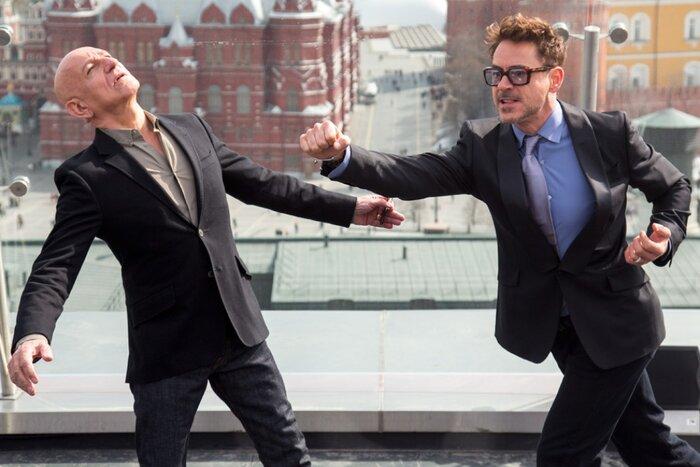 Железный человек и Мандарин схлестнулись в драке на фоне Кремля