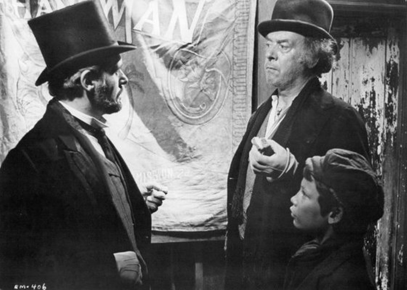 the elephant man film review essay The film the elephant man by david lynch is a heart-warming film that highlights the life of john merrick better known as the elephant man.