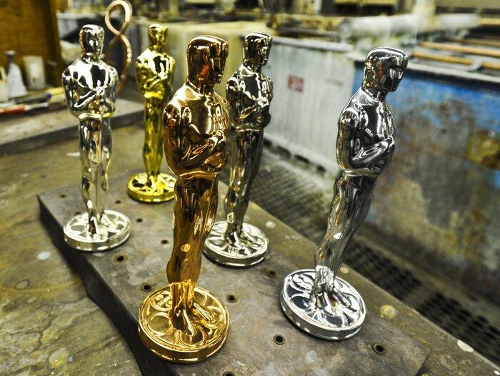 Гордон-Левитт, Трехо, Йовович и Лопез стали академиками «Оскара»