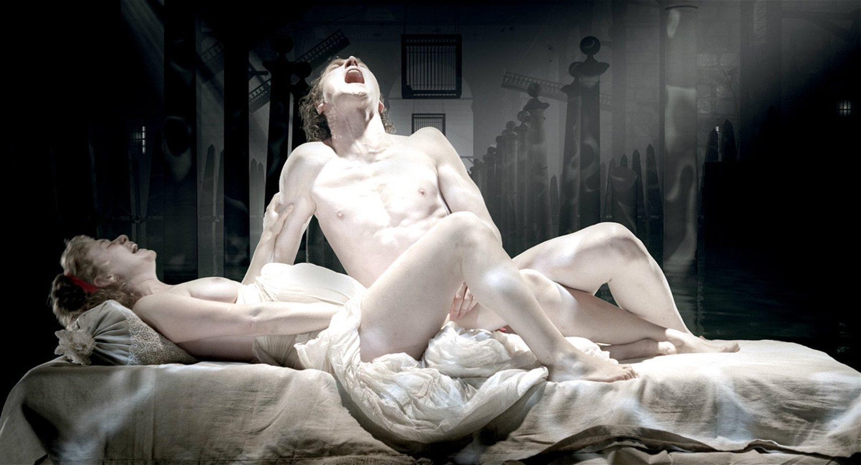 Смотреть театр с голыми 19 фотография