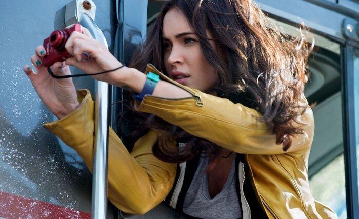 Героиня Меган Фокс падает в обморок в трейлере «Черепашек-ниндзя». Видео