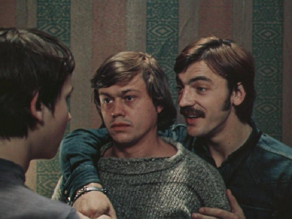 Хороший фильм, вот только у меня возникла аналогия не со сказкой о трех поросятах, а с старший умный был