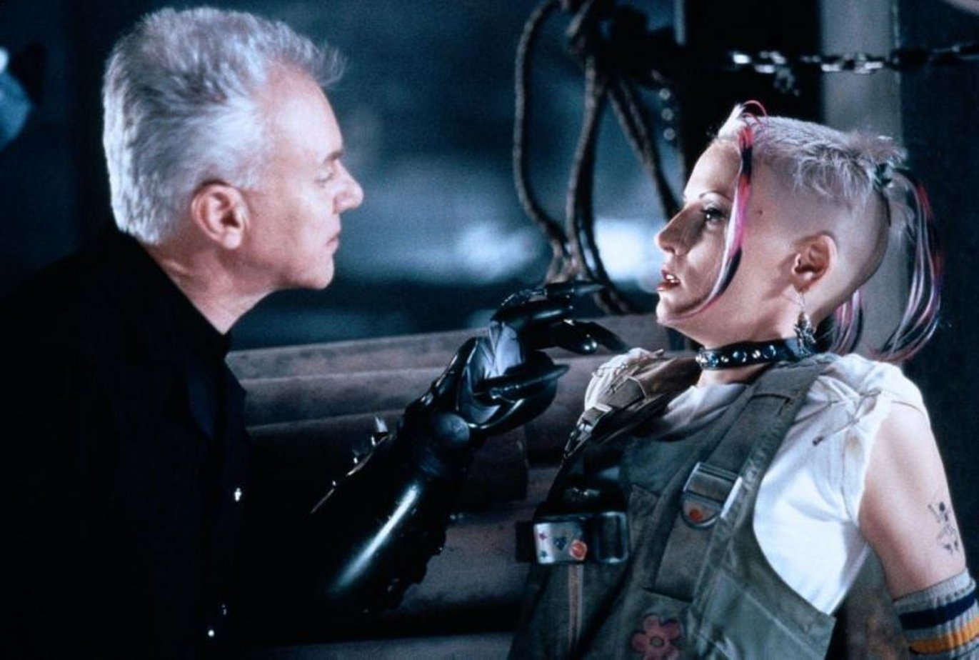 tank-girl-cost-of-movie