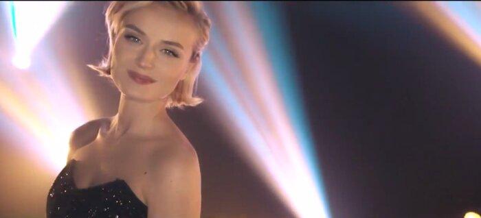 Участница «Евровидения»-2015 Полина Гагарина спела для киноальманаха Disney «Счастье - это...»