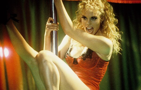 Приватный эротический танец милой Lida