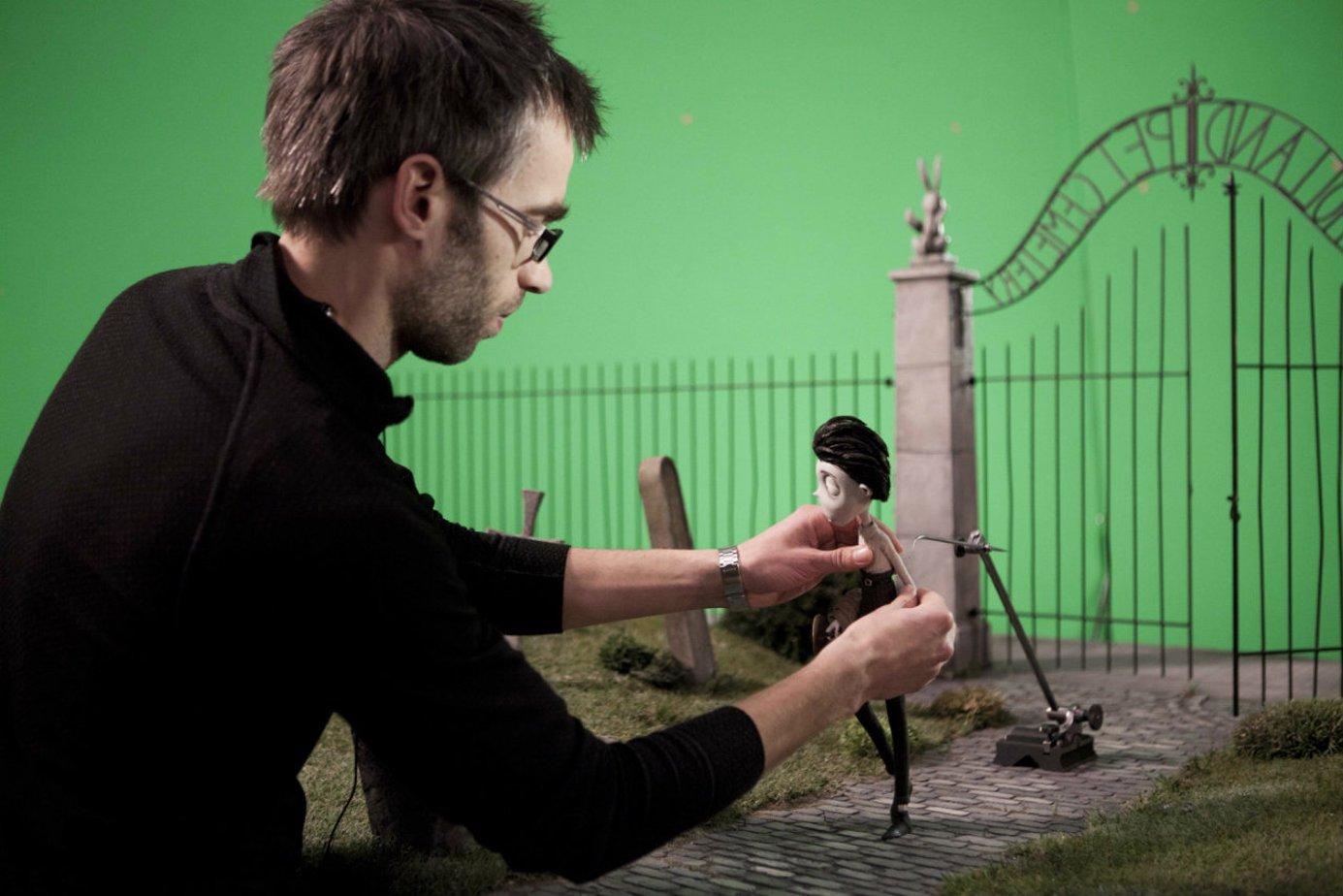 Как сделать из снимков фильм