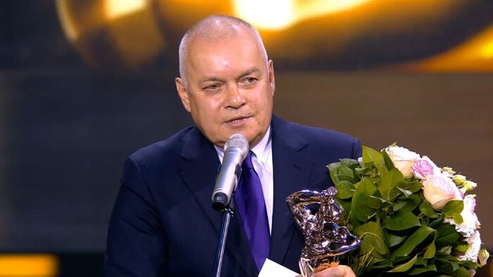 «Вести недели» и сериал «Екатерина» получили «ТЭФИ»