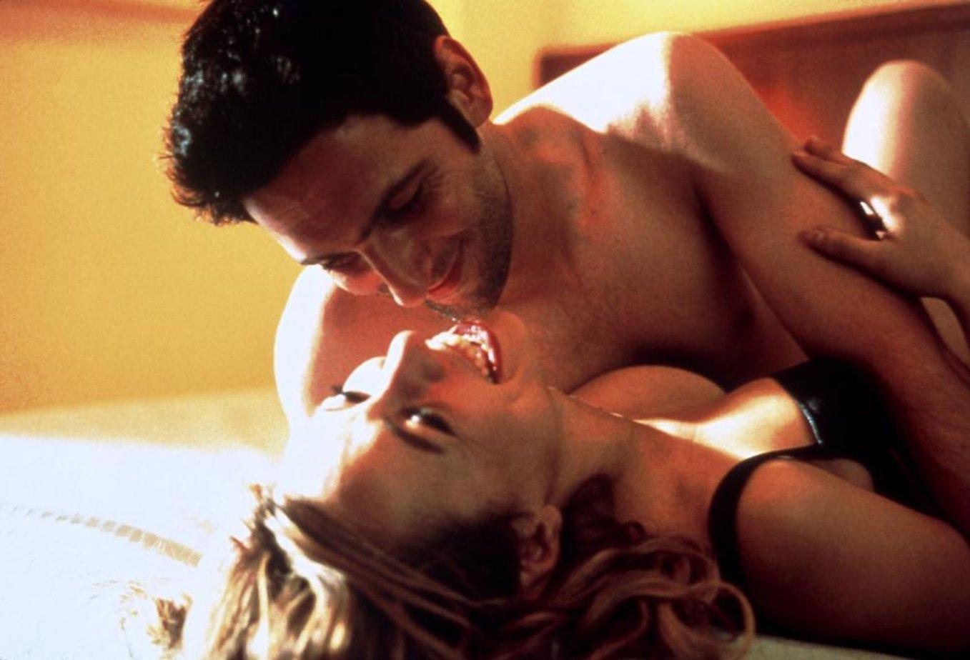 постели романтичная в кино страстная