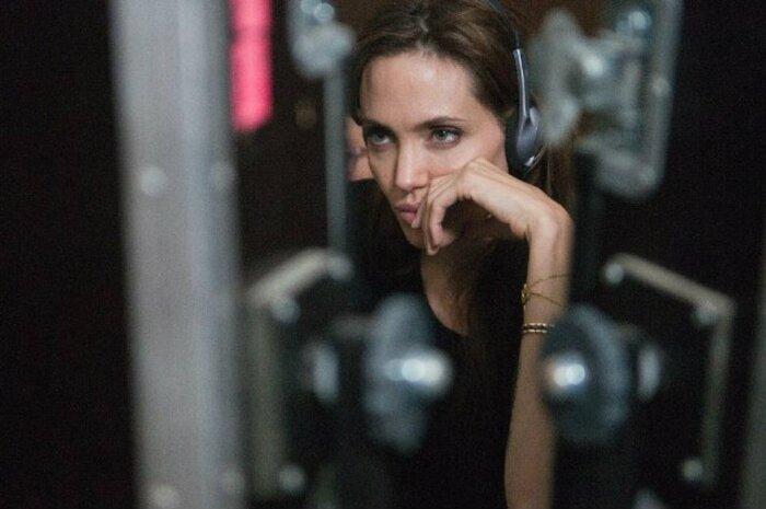 Анджелина Джоли возьмётся за экранизацию книги камбоджийской писательницы
