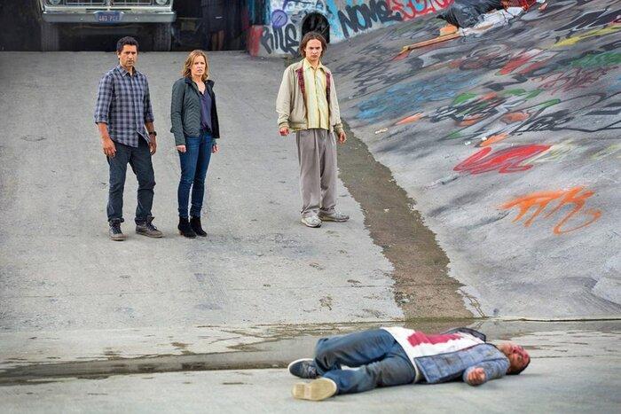 Как сериал «Бойтесь ходячих мертвецов» связан с «Ходячими мертвецами»