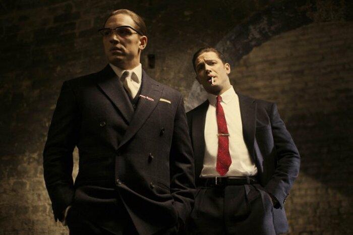 Раздвоенный Том Харди в трейлере гангстерской «Легенды»