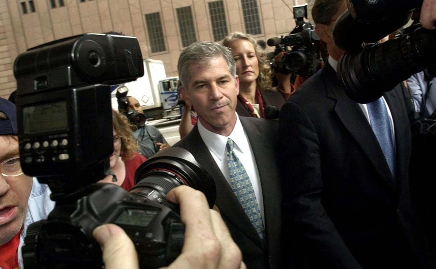 enron movie Enron: the smartest guys in the room is a 2005 american documentary film based on the best-selling 2003 book of the same name by fortune reporters bethany mclean and.