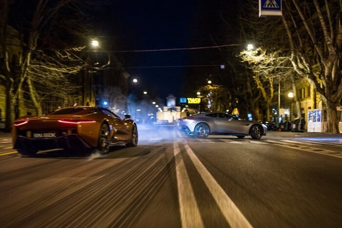 Сколько стоили разбитые на съёмках фильма «007: Спектр» автомобили
