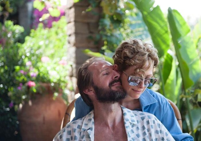 Тильда Суинтон и Рэйф Файнс в интригующем трейлере фильма «Большой всплеск»