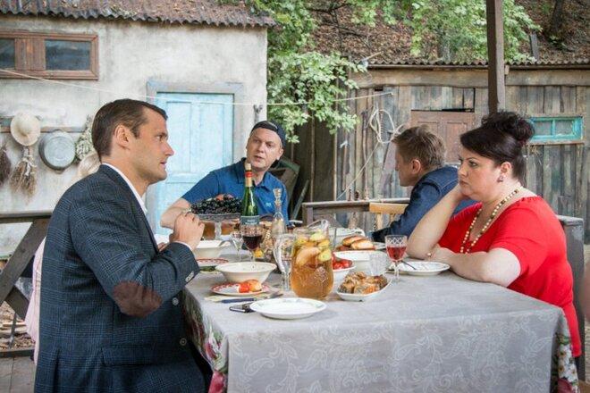 http://b1.filmpro.ru/c/341375.660xp.jpg