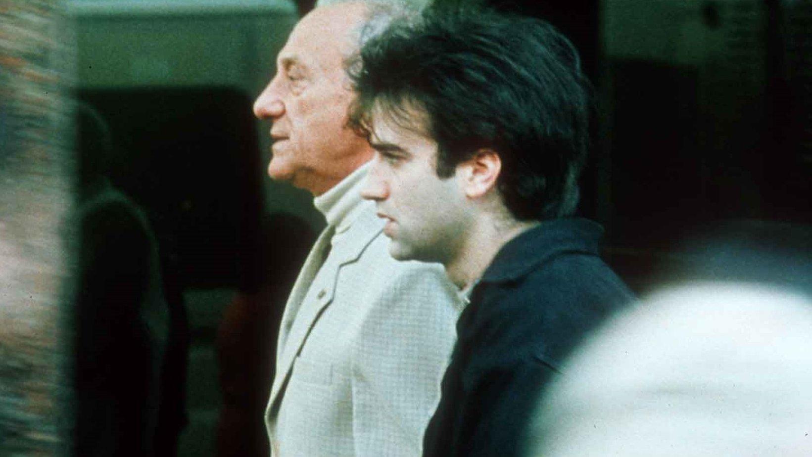 film analysis daniel burman's el Daniel burman director de cine, nacido el 29 agosto de 1973, en buenos aires, argentina críticas de films de daniel burman en blogdecine.