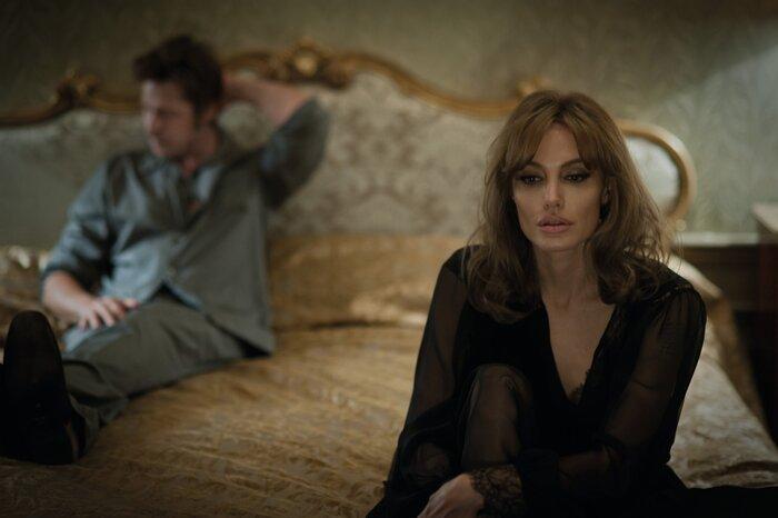 Анджелина Джоли рассказала о съёмках в интимных сценах с Брэдом Питтом