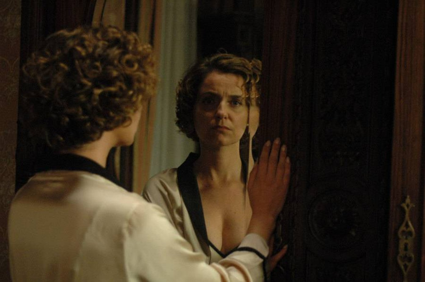 Порно фильм волшебное зеркало смотреть онлайн фотоография