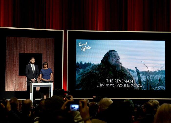 Фото дня: «Выживший» и Леонардо ДиКаприо поборются за «Оскары»