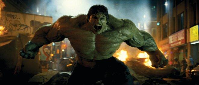 Супергерои поссорились из-за банки газировки в рекламном ролике