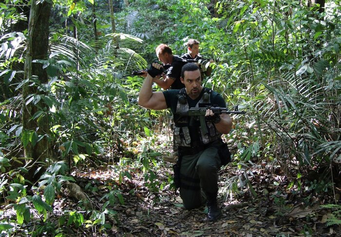 «Индустрия кино» пообщалась с создателями боевика «Разборка в Маниле»