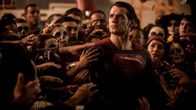 «Бэтмен против Супермена» будет длиннее всех фильмов студии Marvel