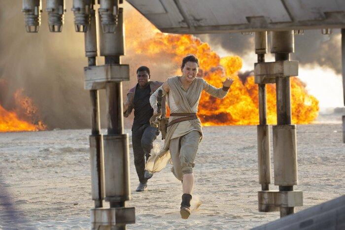 Пираты выложили в Сеть копию фильма «Звёздные войны: Пробуждение силы»