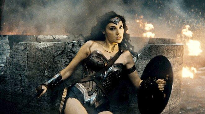 «Бэтмен против Супермена» установил рекорд по мировым сборам