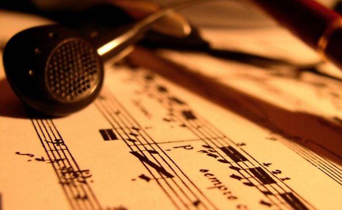 Новая законодательная инициатива предполагает сокращение выплат за использование музыки и песен в кино