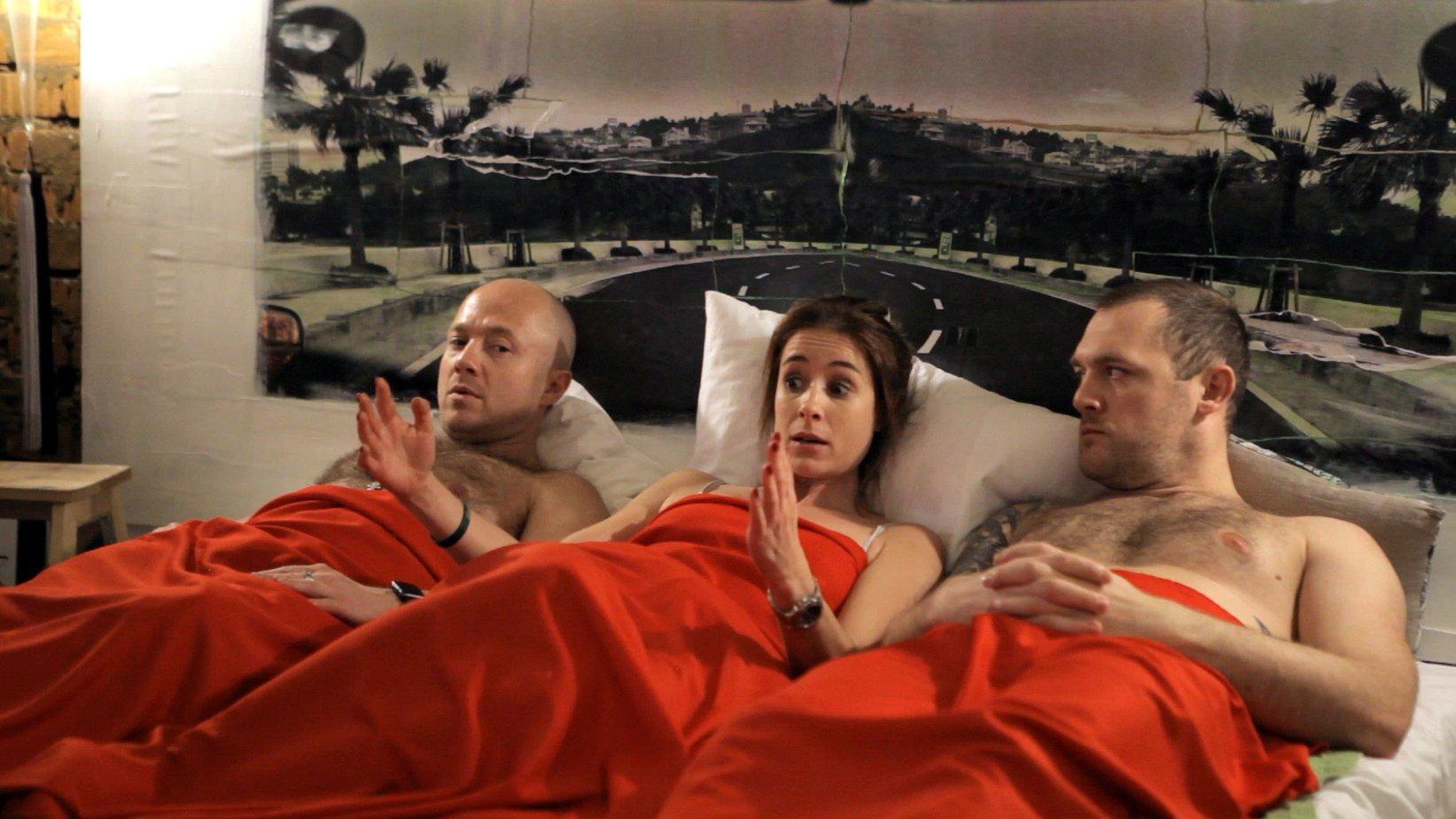 будут русский сексуальный сериал учит молоденькую дочь
