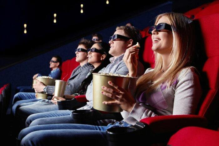 Бары российских кинотеатров понесут убытки от падения продаж попкорна