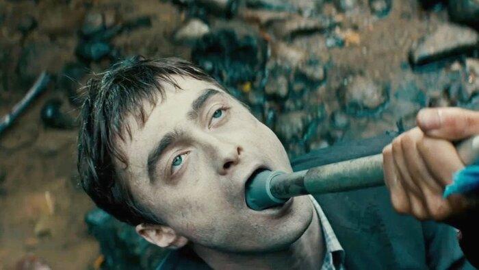 Звезда «Гарри Поттера» исполнил роль зомби. Видео