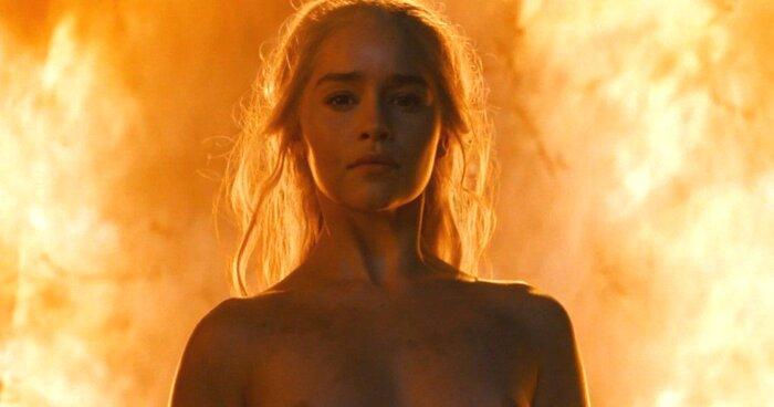Звезда «Игры престолов» снялась обнажённой без дублёра