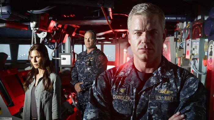 Сериалы: «Последний корабль» от Майкла Бэя, продолжение «Ходячих мертвецов» и другие новости