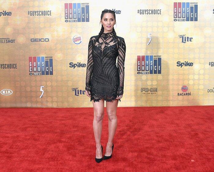 Фото дня: Звезда «Людей Икс» вышла в свет в полупрозрачном платье