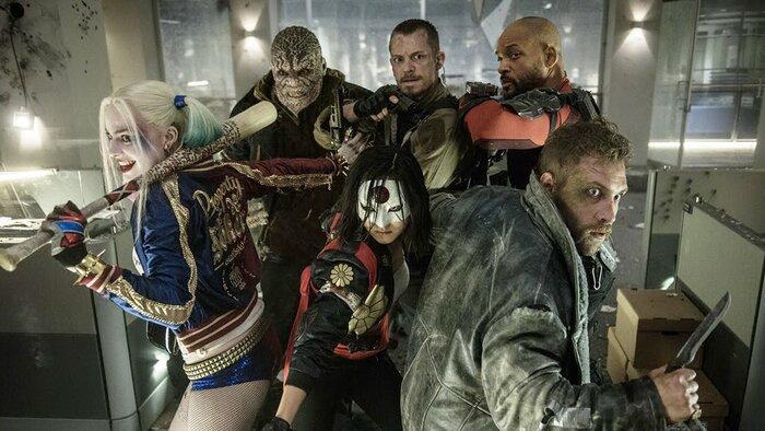 Бэтмен против злодеев в новом видео блокбастера «Отряд самоубийц»