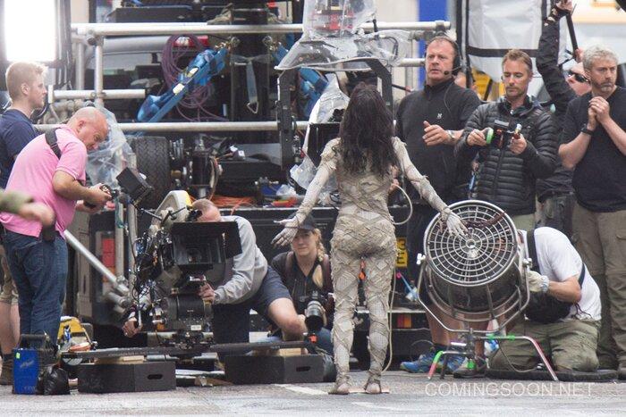 «Мумия» вернулась: первые фото со съёмок блокбастера с Томом Крузом