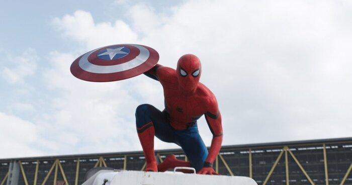 Раскрыты первые фото со съёмок нового «Человека-паука»