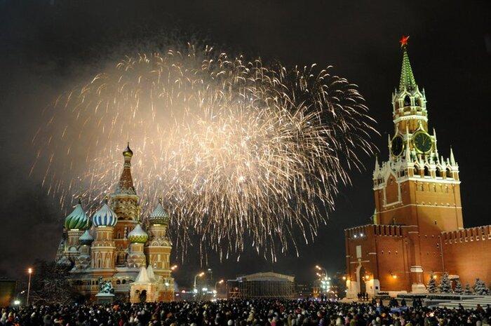 Десять тематических киноплощадок организуют в Москве в День города