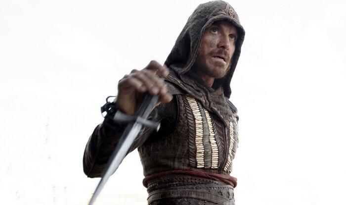 «Кредо убийцы»: шокирующее видео со съёмок показывает, как снимались трюки экранизации Assassin's Creed
