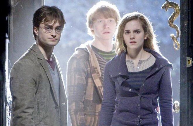 Роулинг выпустит три рассказа омире Гарри Поттера