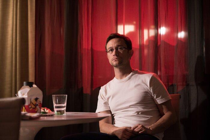 «Сноуден» Оливера Стоуна: обзор отзывов зарубежной прессы