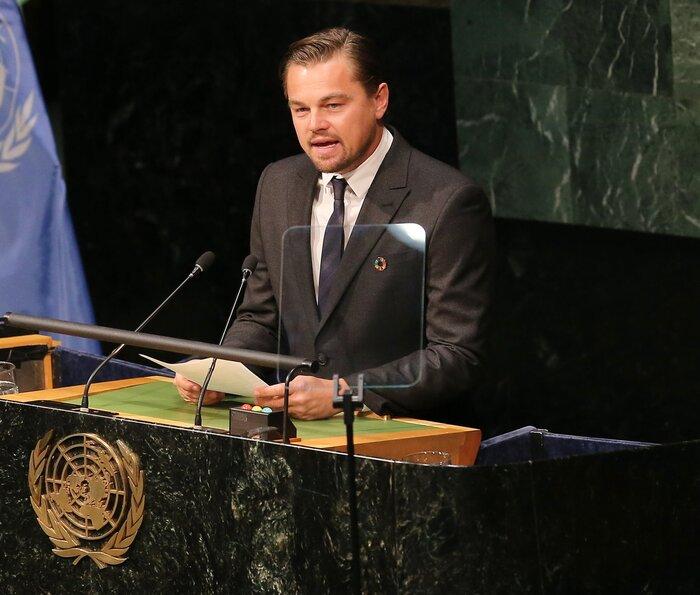 ДиКаприо призвали покинуть пост в ООН из-за финансового скандала