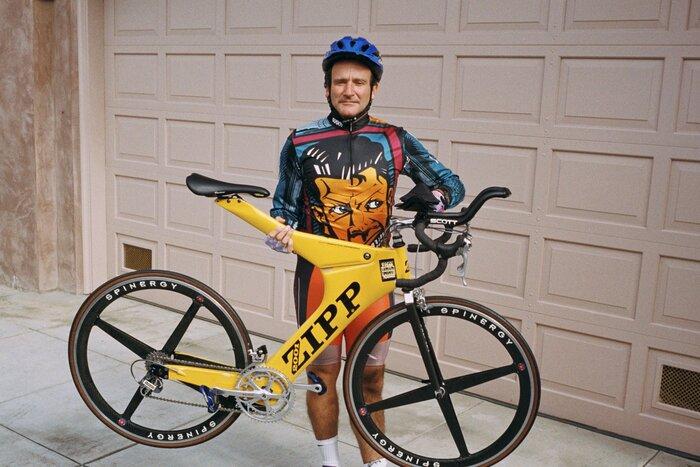 Уникальная коллекция велосипедов Робина Уильямса поможет тысячам инвалидов по всему миру