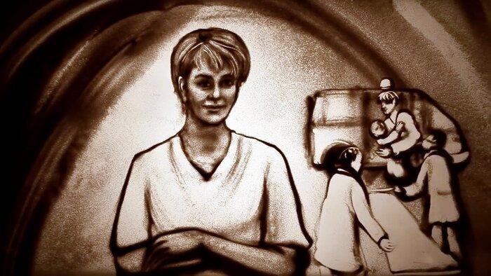Крымская художница сняла «фильм из песка» памяти Доктора Лизы