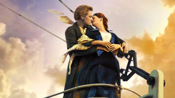 Названы самые эффектные поцелуи в истории кино
