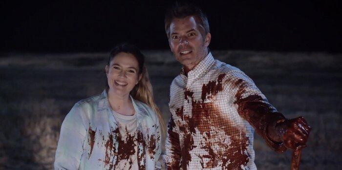 Героиня Дрю Бэрримор пожирает людей в трейлере комедии «Диета из Санта-Клариты»