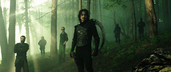 «Защитники»: супергерои уничтожают врагов под «Калинку-малинку»